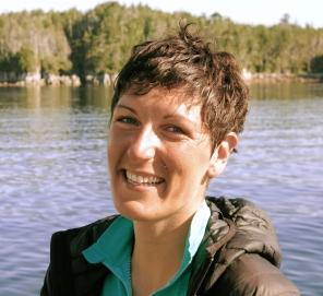 Jenn Burt - coastal headshot.jpg
